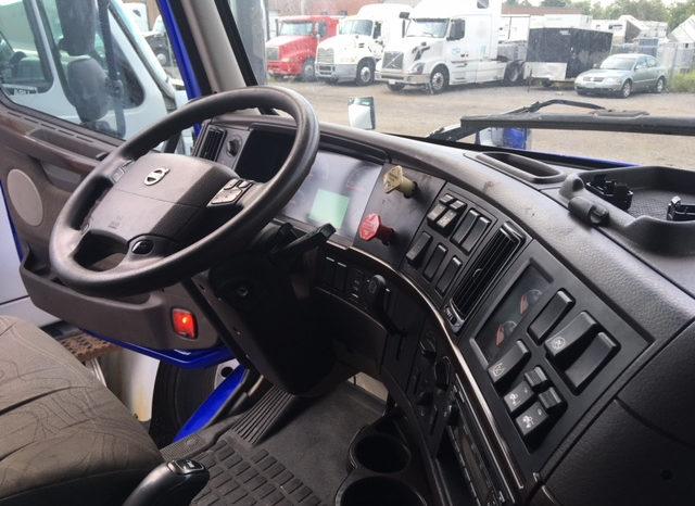 2014 Volvo VNL 670 full